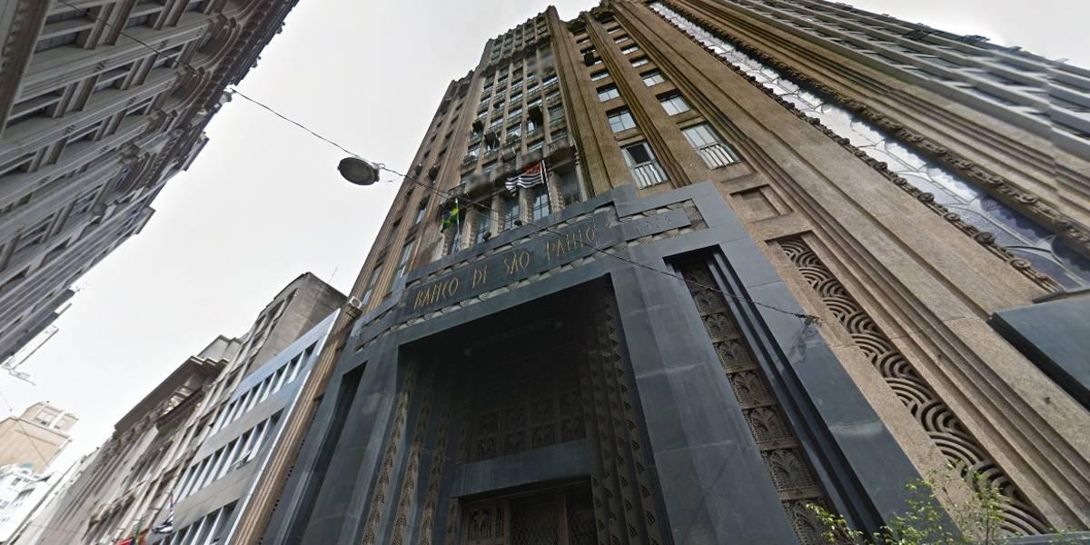 Prédio histórico no centro de São Paulo é aberto para visitação