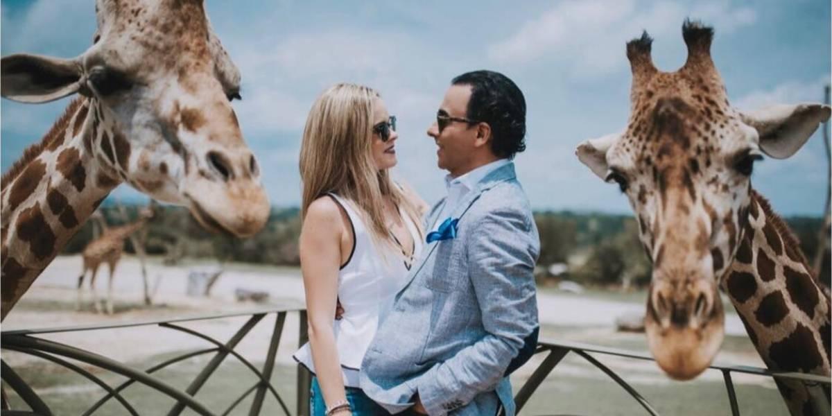 Adal Ramones se casa con Karla de la Mora en el Valle de las Jirafas