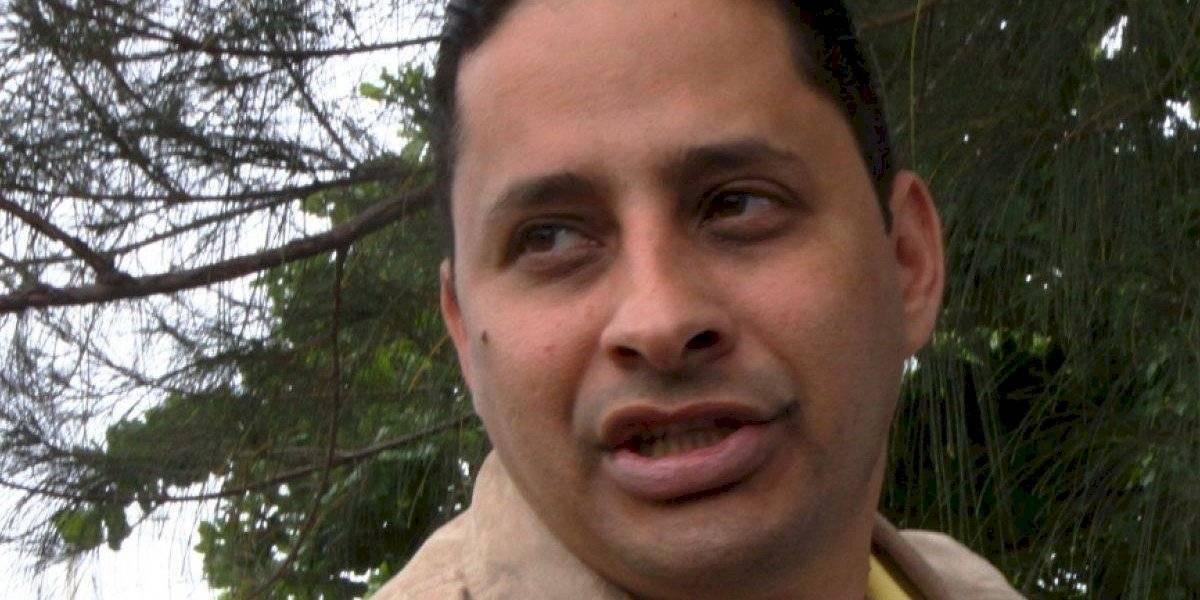 """Presidente de la Federación Alcaldes defiende a """"Cano"""" Delgado tras ser arrestado en una gallera"""