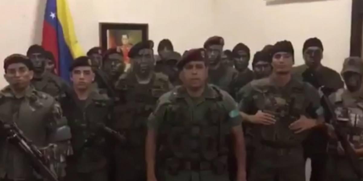 Grupo militar se revela contra Maduro en la región de Carabobo