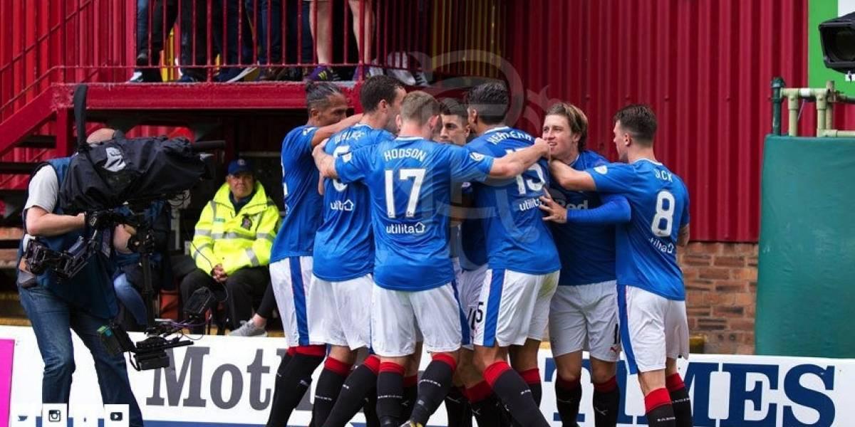Herrera, 'Gullit' y los Rangers debutan con triunfo en la Liga escocesa