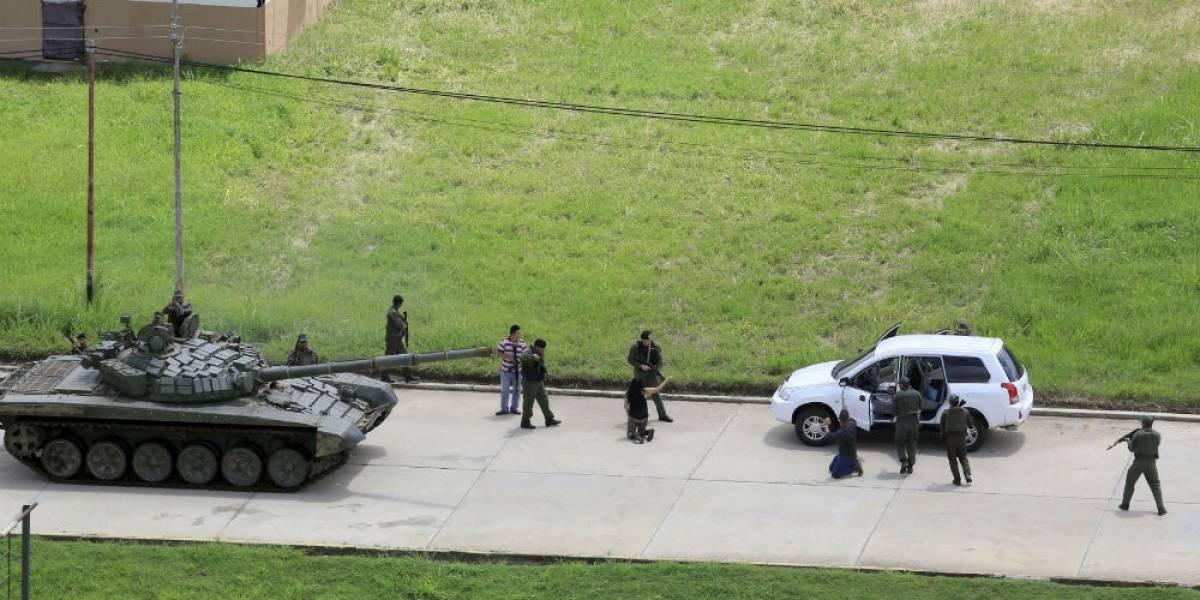 Dos muertos y 10 detenidos deja ataque a base militar venezolana