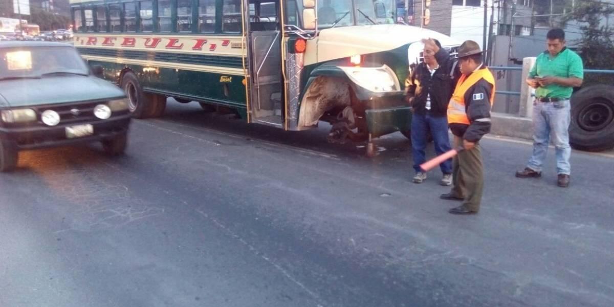 Tránsito lento por bus averiado en ruta Interamericana hacia la ciudad