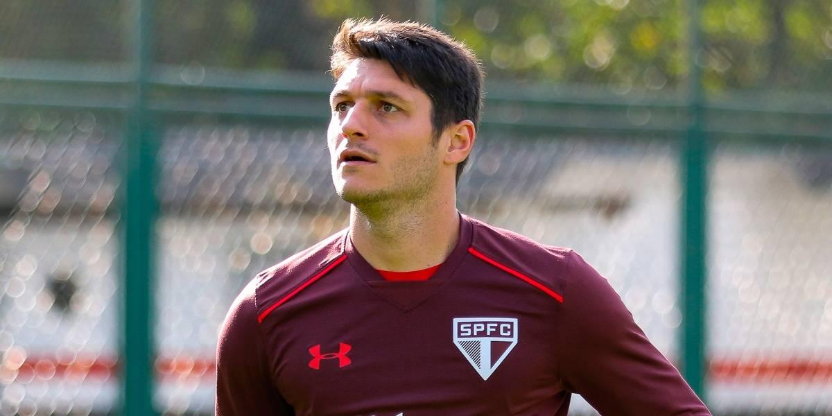 Denis, ex-São Paulo, fecha com o Figueirense por duas temporadas