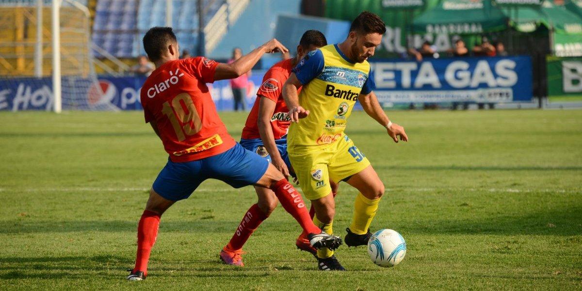 El técnico más exitoso en la Liga Nacional está dispuesto a negociar con Cobán
