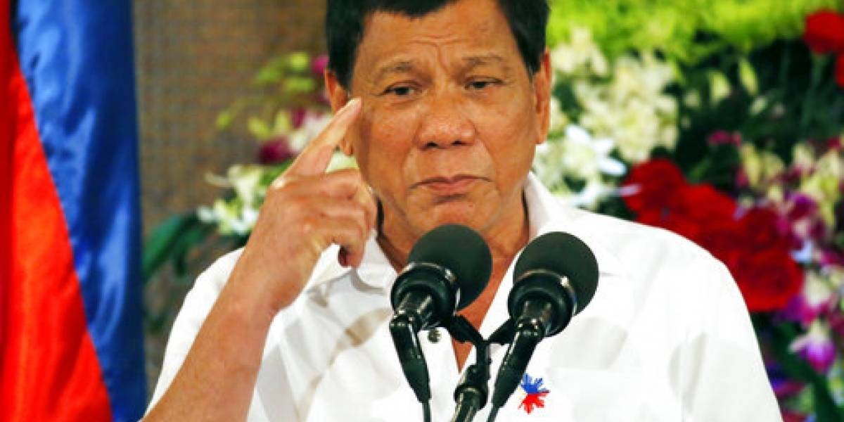 Presidente de Filipinas ignora preguntas sobre abuso derechos humanos