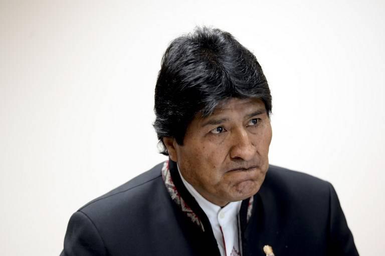 Evo Morales haciendo un gesto
