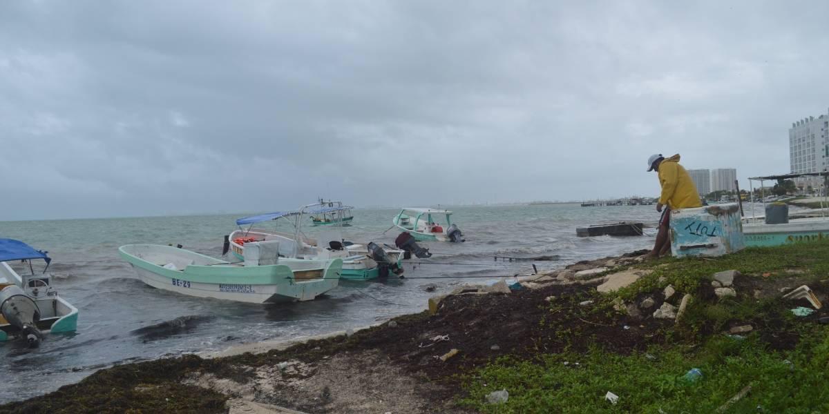 Emiten alerta amarilla en Quintana Roo por proximidad de tormenta tropical Franklin