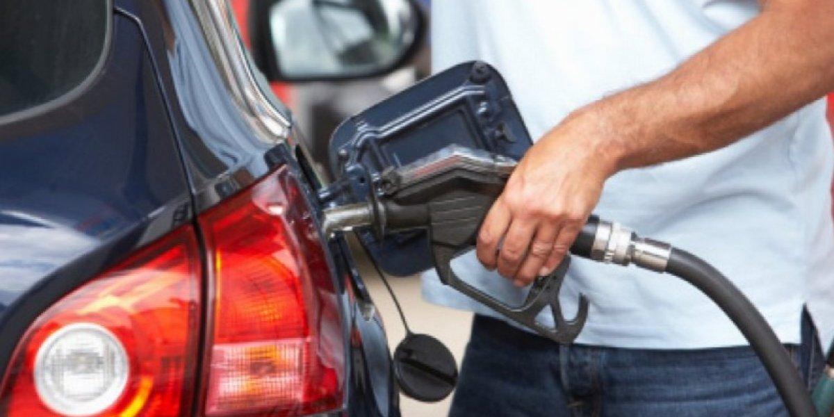 Seguirán congelados los precios de la gasolina