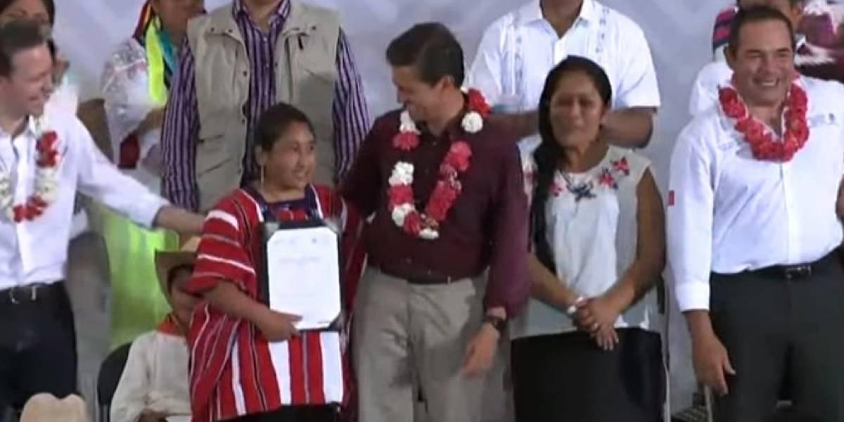Peña Nieto destaca más visibilidad de indígenas, pero reconoce misma pobreza