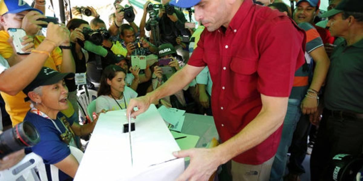 Líder opositor critica a Maradona por apoyar gobierno venezolano