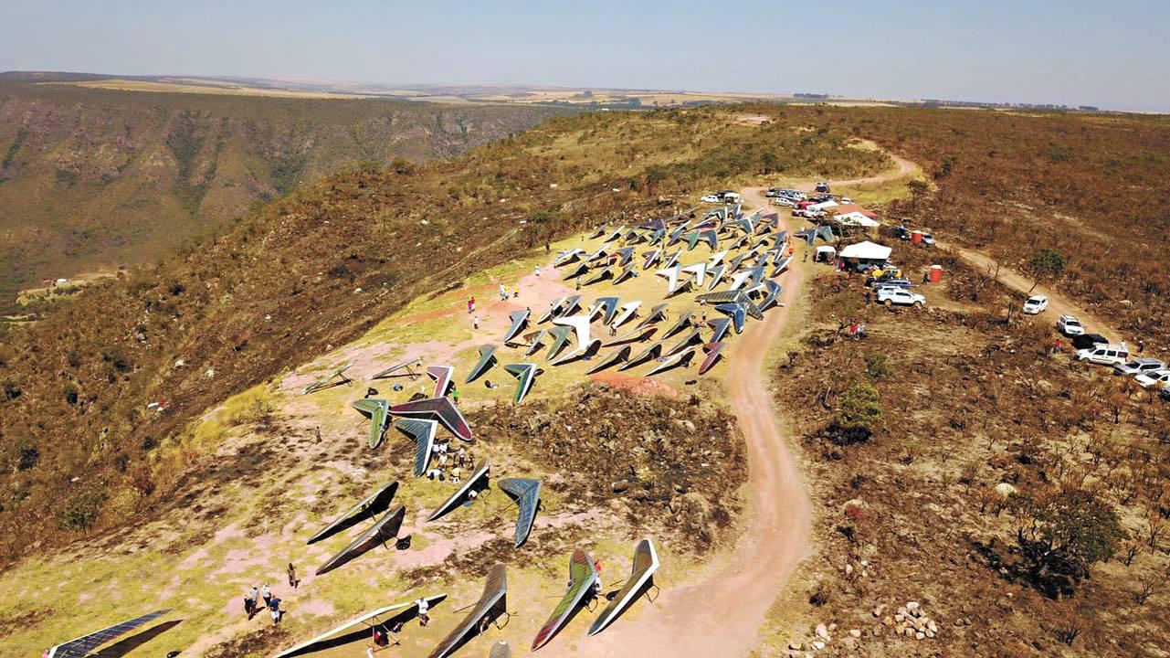 A decolagem é feita no Vale do Paranã, em Formosa (GO) Reprodução