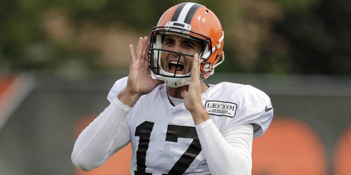Aficionados se burlan del video que Browns le dedicó a Osweiler