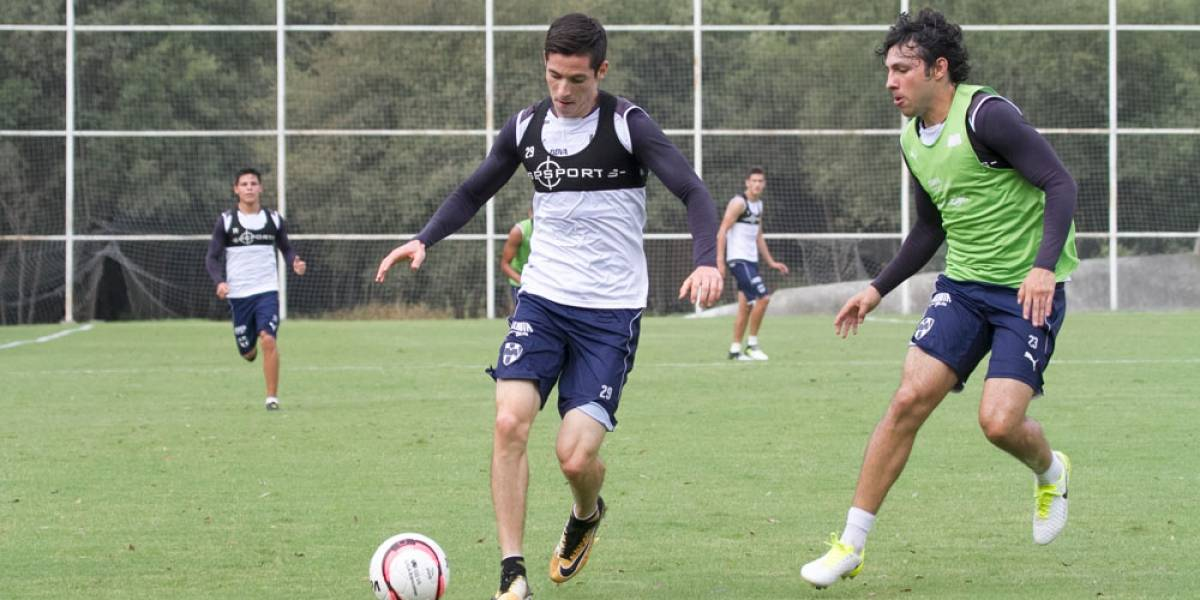 Marco Bueno confía en poder ayudar a Rayados con goles