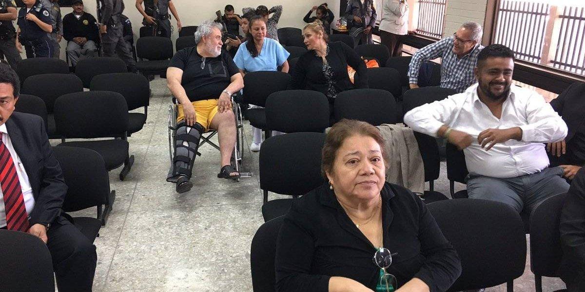 Jueza separada Marta Sierra de Stalling espera declarar para evitar ir a un debate