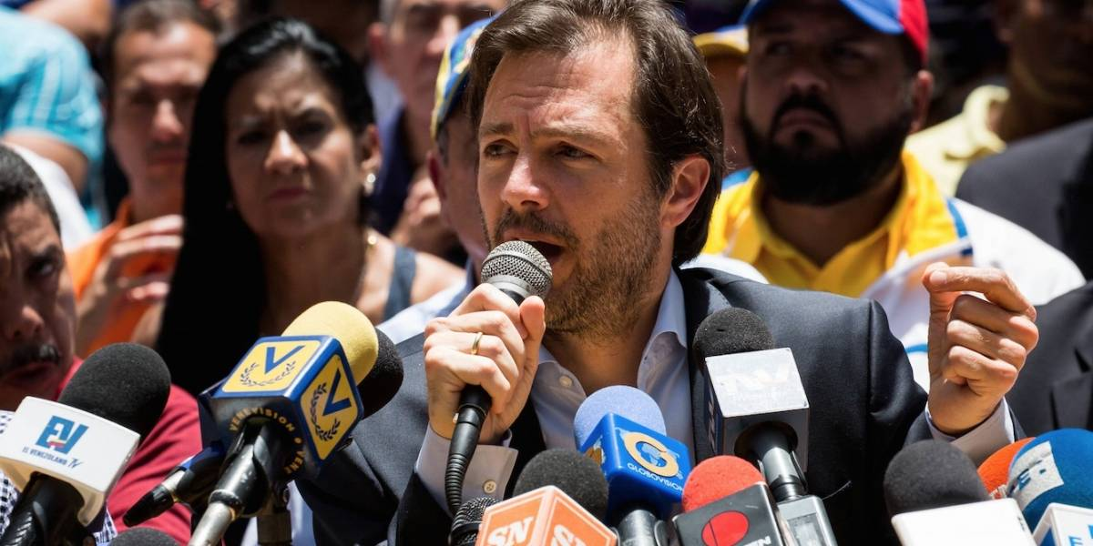 Supremo venezolano ordena cárcel e inhabilita al alcalde opositor de Maduro