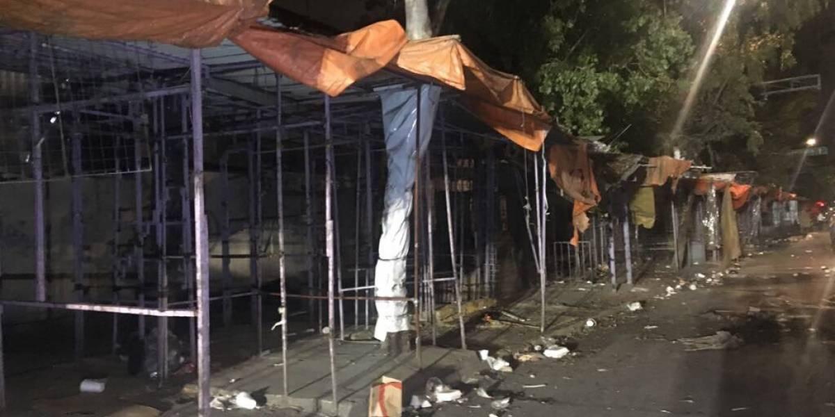 Policías capitalinos retiran más de mil puestos del Eje 1 Norte