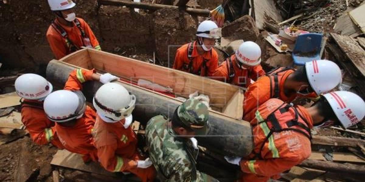 Terremoto de 6,5 grados de magnitud sacude Sichuan, suroeste de China