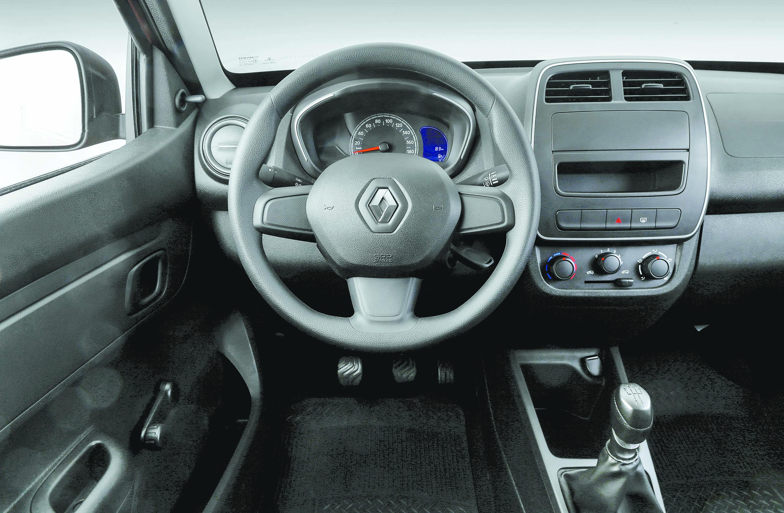 Versão Life, a mais simples, é equipada com quatro airbags   Divulgação