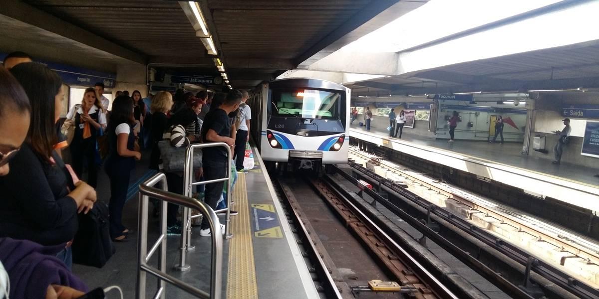 Funcionários do metrô planejam paralisação para 30 de abril