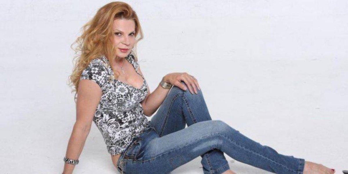 Revelan foto de Mhoni Vidente antes de su transformación en mujer