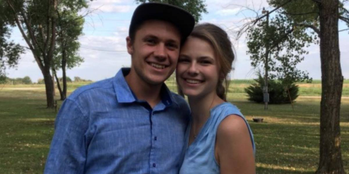 Se conocieron hace seis meses, se casaron y el día después de su boda fallecieron en un accidente