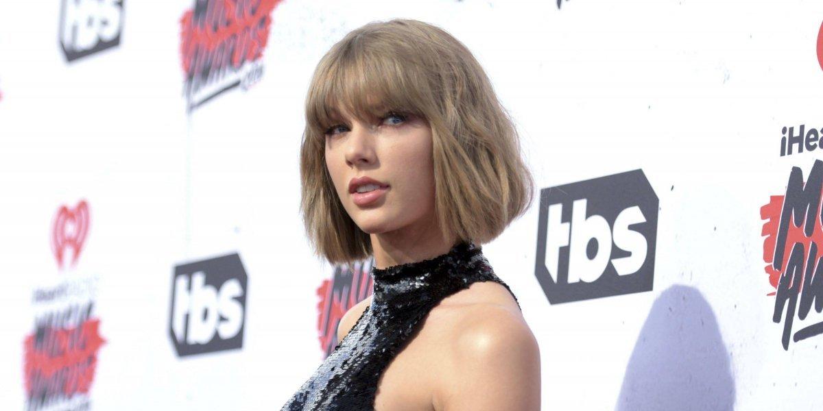 Taylor Swift gana juicio contra locutor que le manoseó su trasero