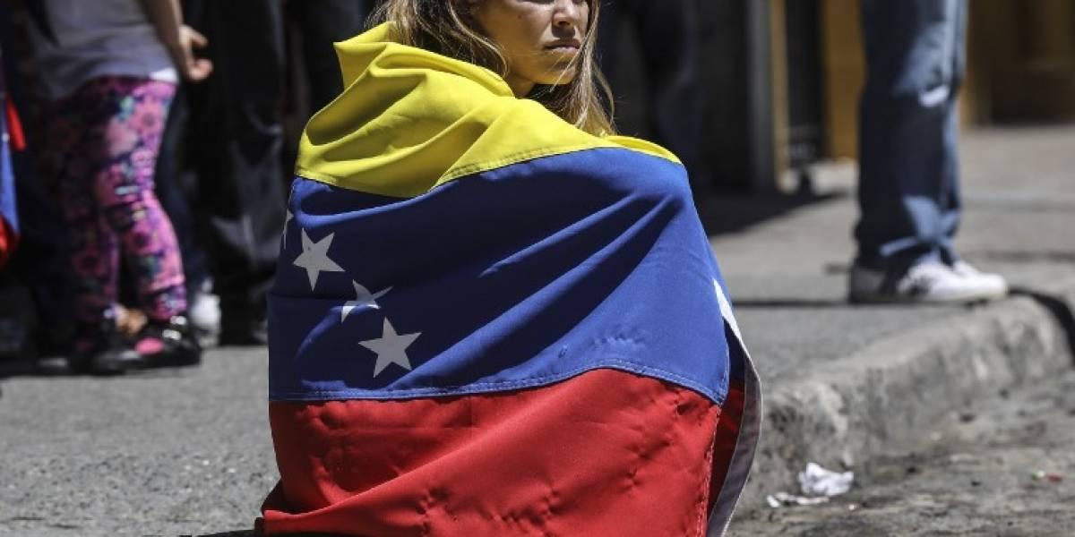 Venezuela: Militares impiden ingreso de diputados opositores al Parlamento