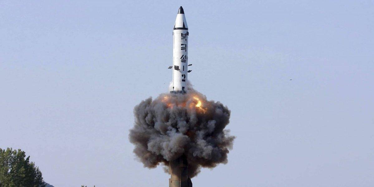 Trump presume su poder nuclear tras amenaza a Corea del Norte
