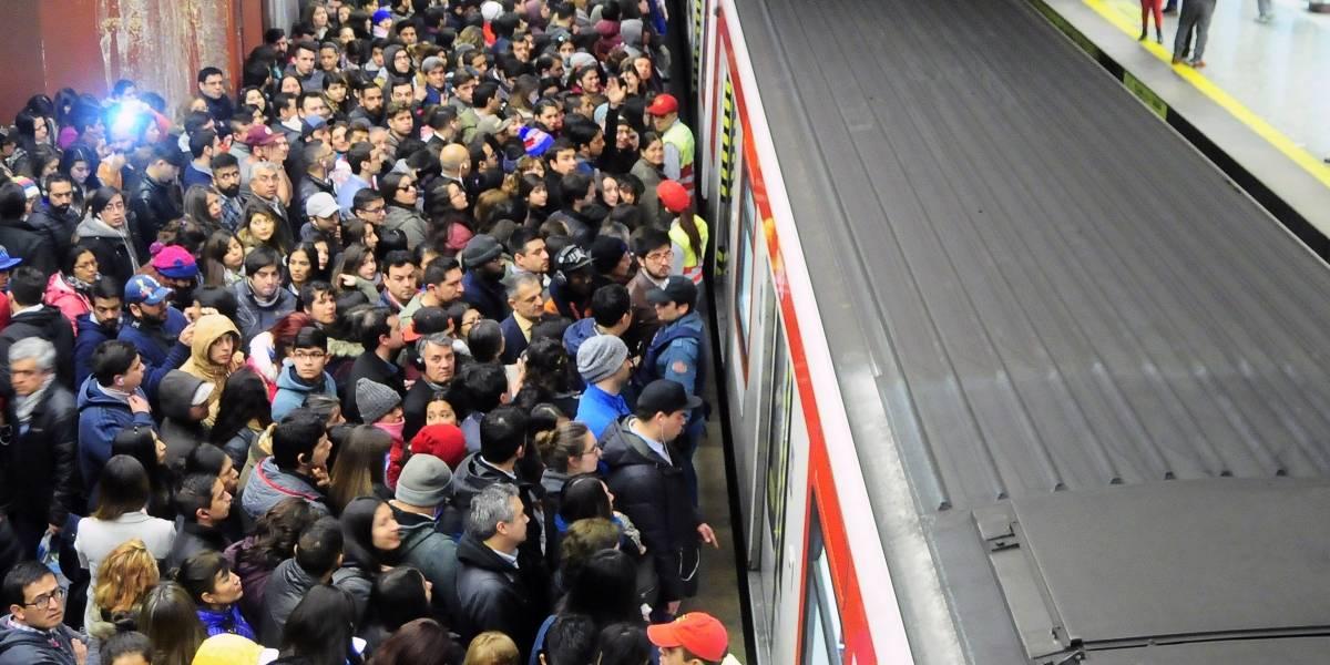Uber y taxis se beneficiaron de colapso en el Metro