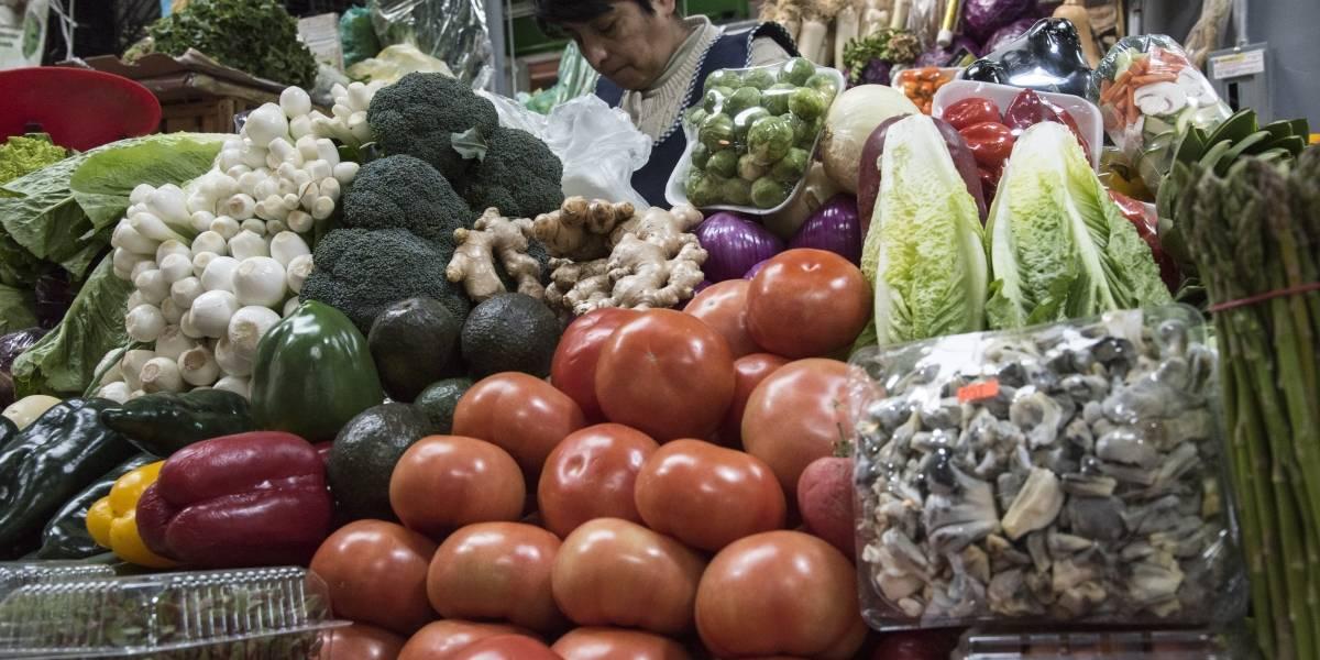 Jitomate, papa y turismo disparan la inflación a  su nivel más alto desde diciembre de 2008