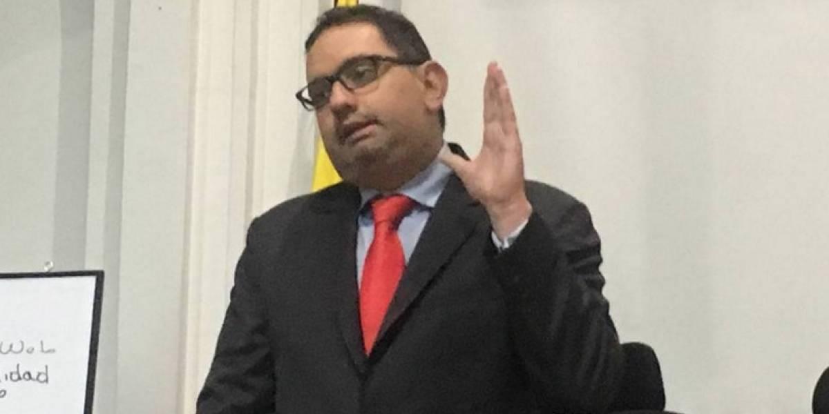 Andrés Villamizar asegura que su exesposa fue la verdadera agresora
