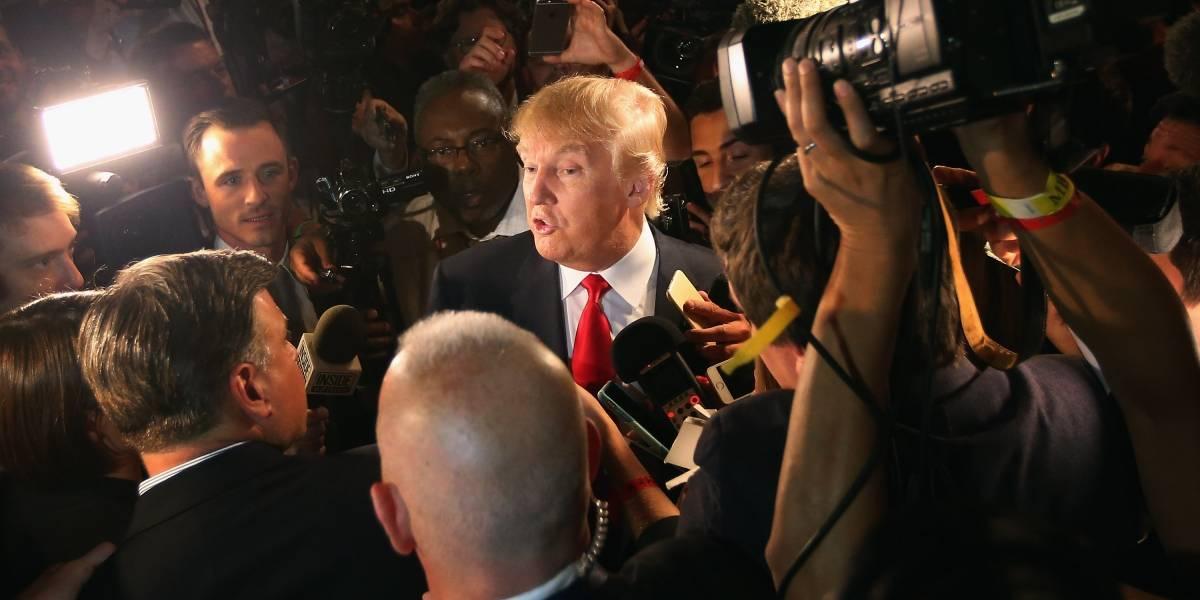 """Donald Trump lanza boletín de """"noticias reales"""" en su lucha contra los medios"""