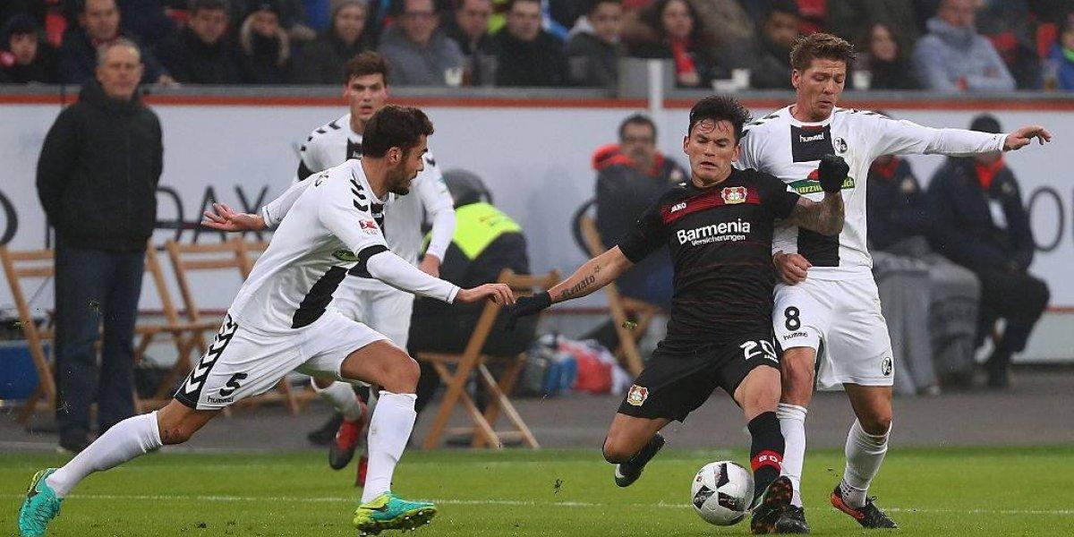 DT del Leverkusen quedó fascinado con Aránguiz y lo apura para la Copa de Alemania