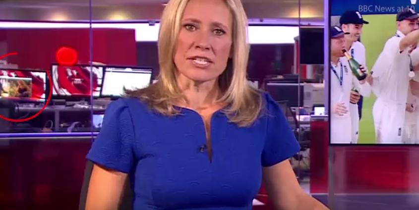 Video: el 'striptease' que vio todo un país en un noticiero