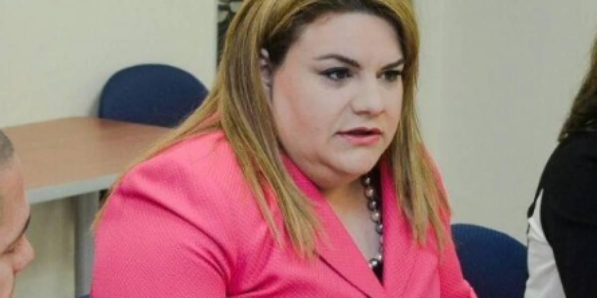 """Comisionada sobre Oscar López: """"Es un charlatán"""""""
