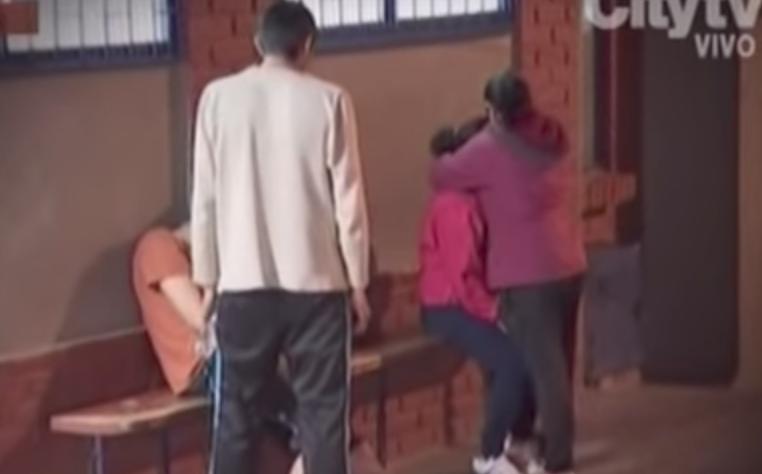 (Video) Asesinan a vecino por pedir que bajaran el volumen de la música