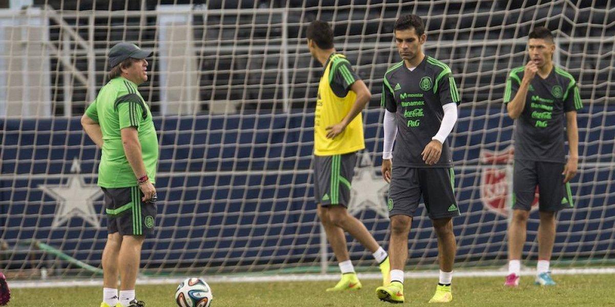 Piojo Herrera se desmarca de Rafa Márquez