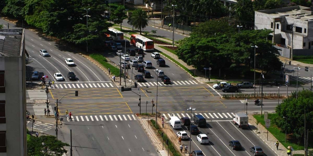 Obras da ciclofaixa da avenida Rebouças começam nesta terça