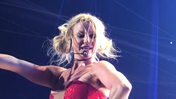 Britney Spears atemorizada por un hombre armado