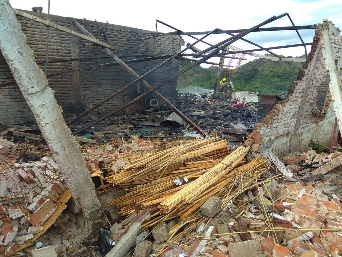 Explota fábrica de cohetes en Río Blanco, Zapopan