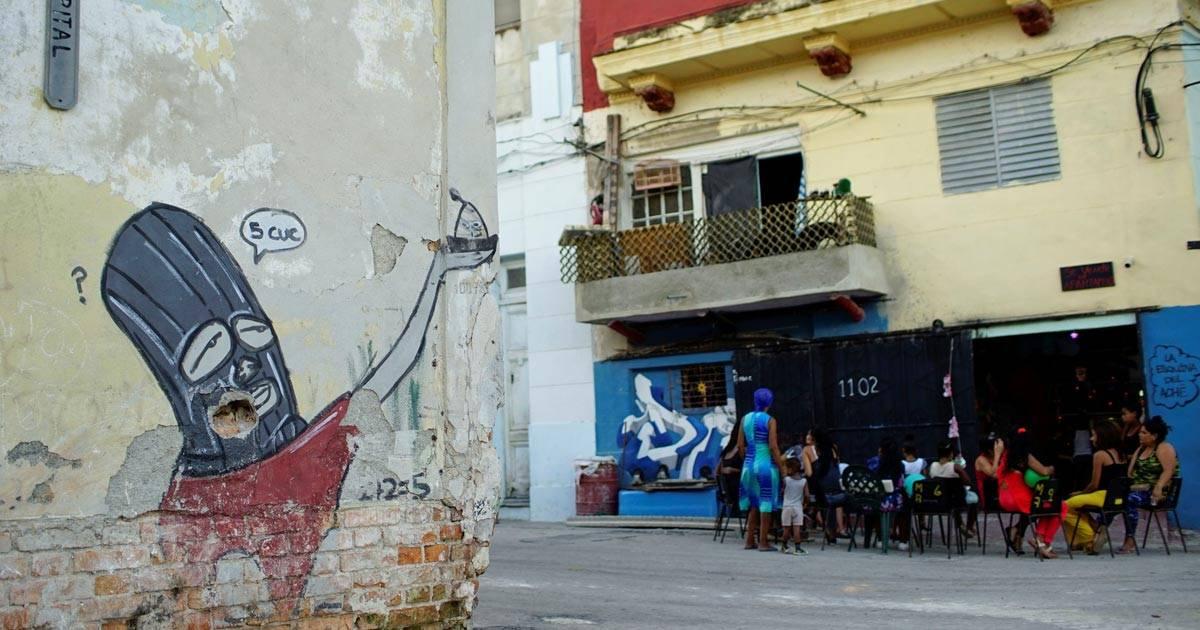 Grafite do artista cubano Fabian Lopez, no centro de Havana REUTERS/Alexandre Meneghini