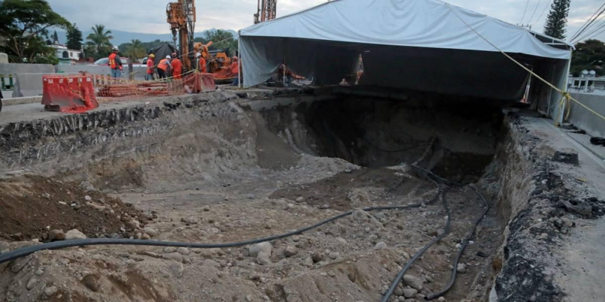 La SFP seguirá investigación por socavón en Paso Exprés