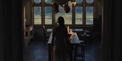 Mãe!: Jennifer Lawrence recebe visitas inesperadas em trailer de novo filme de terror