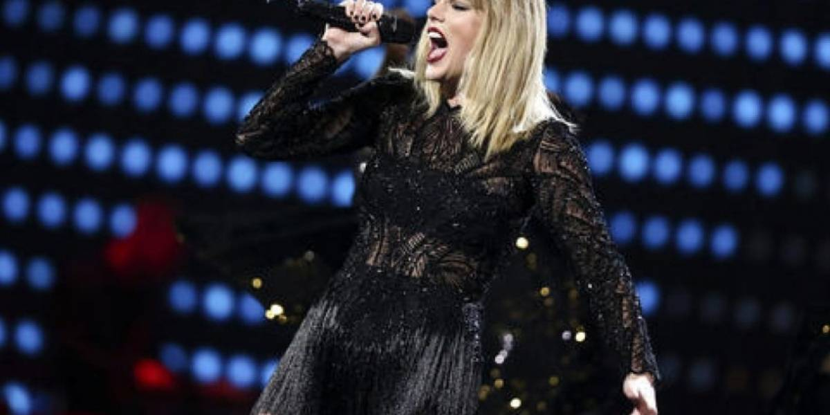Taylor Swift declara que locutor metió la mano bajo su falda