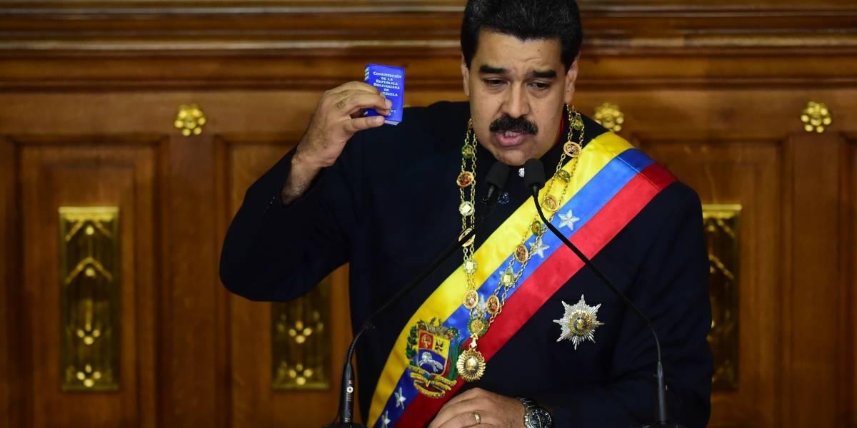 """Maduro presenta ante la Asamblea Constituyente ley contra quien """"salga a la calle a expresar odio"""""""