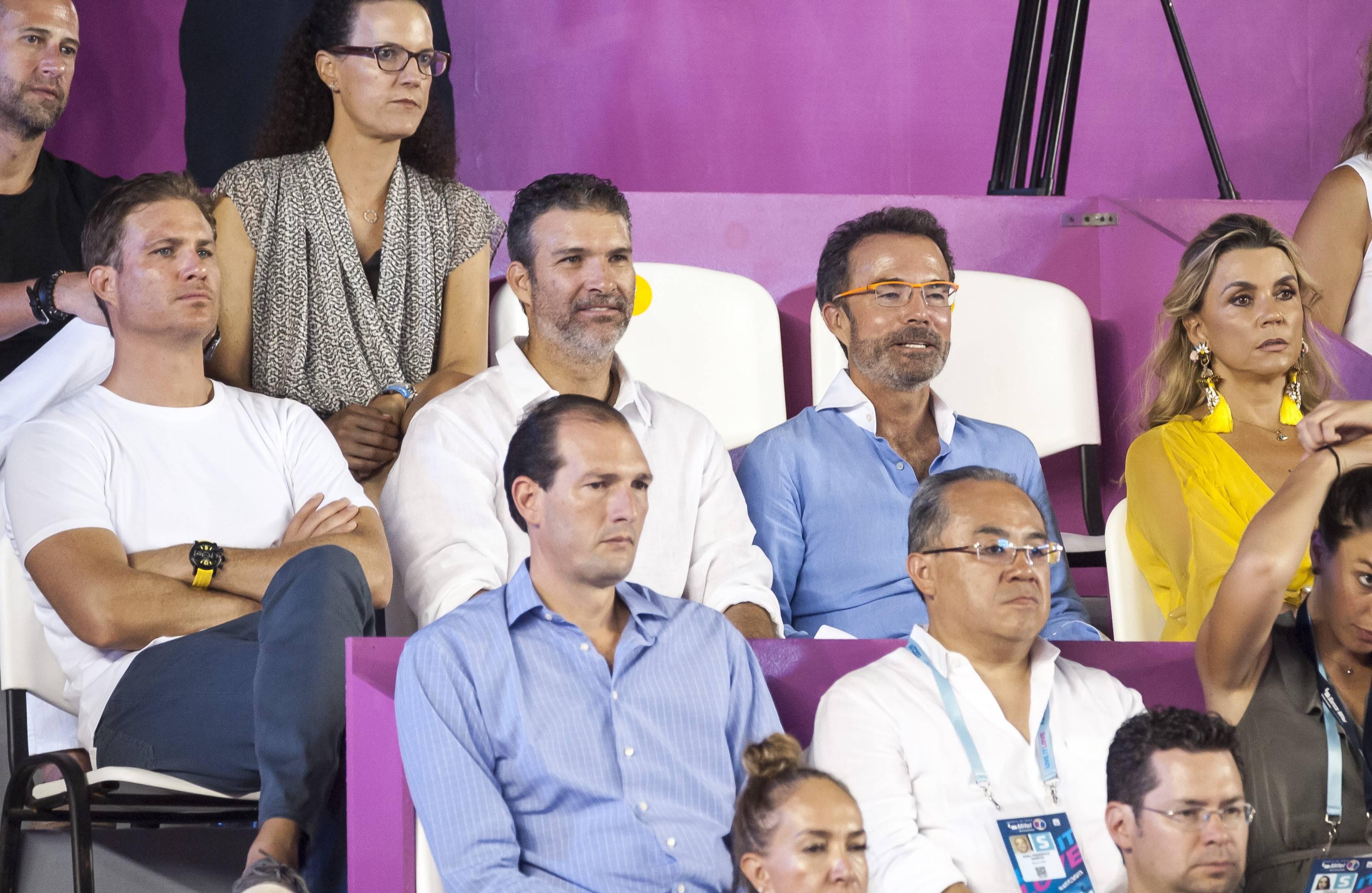 Diego y Eduardo Sánchez Navarro con Antonio Chedraui y Paola Prom JDS