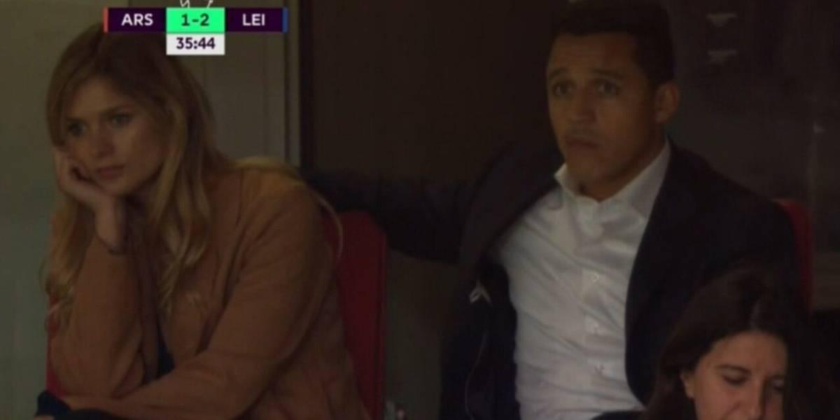 Parece aburrida: Las fotos de Mayte Rodriguez viendo junto a Alexis Sánchez el partido del Arsenal