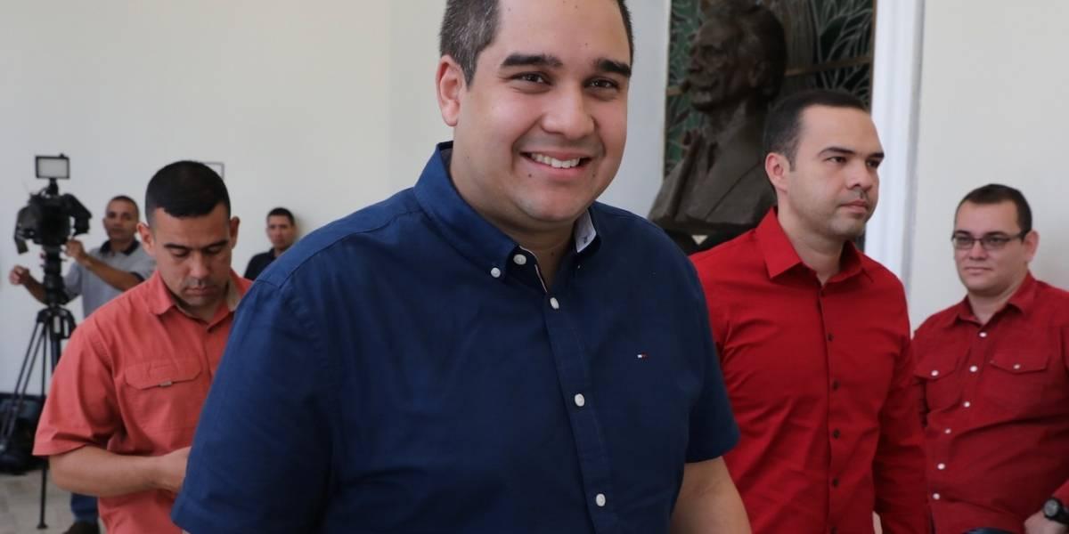 """Exmilitar dice que hijo de Maduro sacaba """"bultos"""" de isla que visitaba Chapo"""