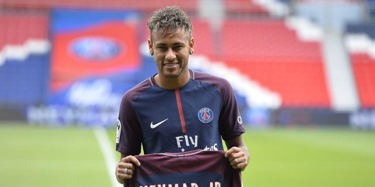 Neymar recibió su pase y podría debutar con el PSG